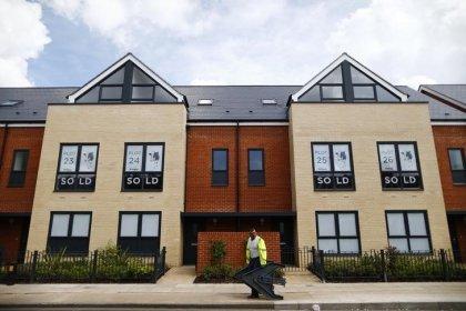UK RICS house price index slides, fewer homes put up for sale