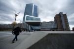 BCE dice pondrá fin a compras de bonos sólo cuando la inflación esté en un sendero sostenible
