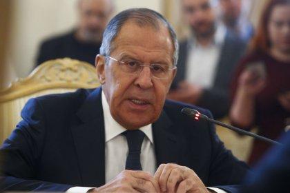 Lavrov diz que envenenamento de ex-espião tem como objetivo complicar Copa do Mundo na Rússia