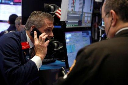 Borsa Milano chiude in rialzo, bene banche, Eni, balzo Salini