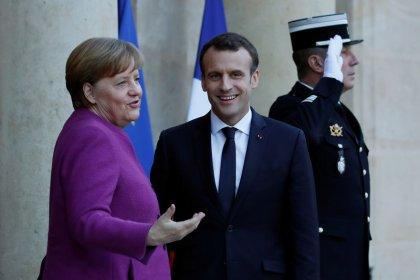 Macron: Europa scossa dopo Brexit e dopo vittoria estremismi in Italia