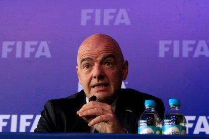 Árbitro de vídeo será usado na Copa do Mundo, diz Fifa