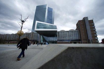 Debito, Castelli (M5s): non calcolare Btp comprati da Bce facilita rispetto Fiscal compact