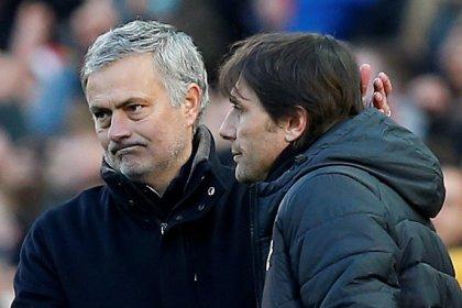 Mourinho diz ter resolvido desavença com Conte antes dafinal da Copa da Inglaterra