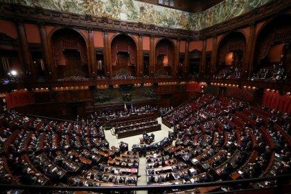 Governo, su nome premier trattativa M5s-Lega fino a domenica