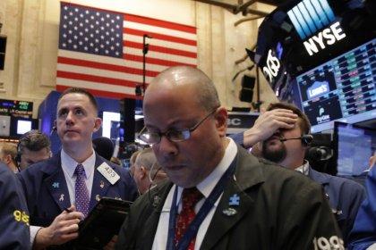Wall Street finit en baisse avec les techs et les financières