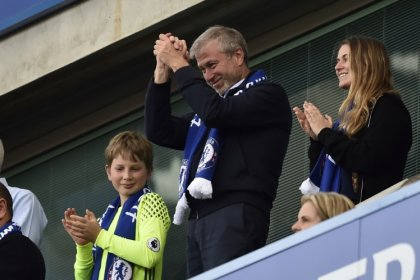 Britain yet to renew visa of Russian billionaire Abramovich - sources
