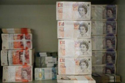 الاسترليني يهبط لأدنى مستوى في خمسة أشهر مع صعود الدولار