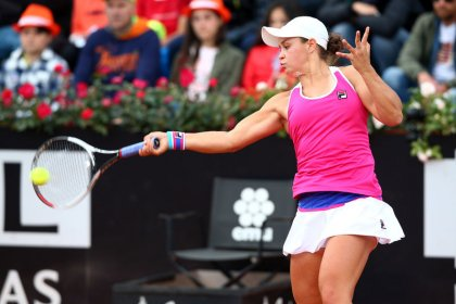 Tennis: Barty eases to quickfire victory in Strasbourg opener