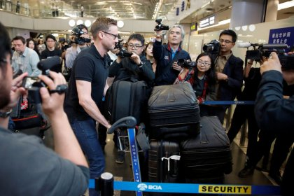 Foreign media arrive in North Korea, suggesting nuclear shutdown on track