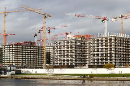 German economy still booming but has lost some momentum: Bundesbank