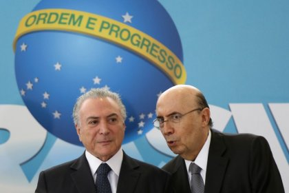 Temer desiste de concorrer à Presidência e vai anunciar Meirelles como candidato do MDB, diz fonte