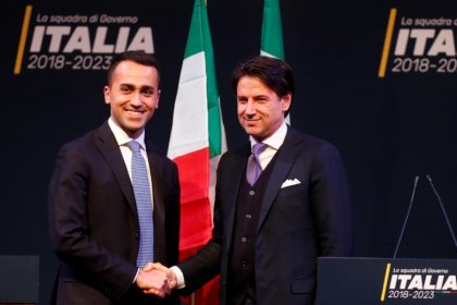 Partido italiano 5 Estrelas defende candidato a premiê após polêmica sobre currículo