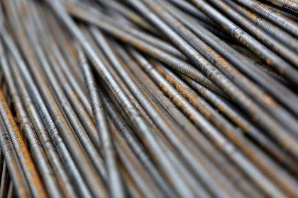 Produção de aço do Brasil perde força em abril