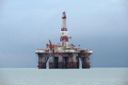 Opep pode decidir reduzir cortes na produção de petróleo em junho, dizem fontes