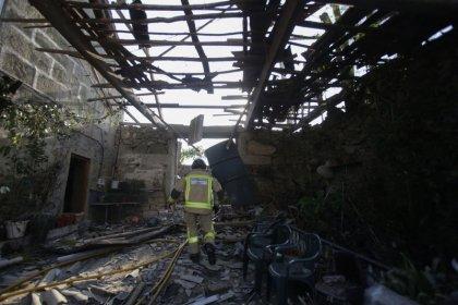 Dos fallecidos y 30 heridos tras la explosión del almacén pirotécnico en Galicia
