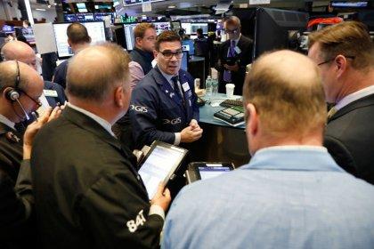 Уолл-стрит снижается из-за отмены саммита США и КНДР, беспокойства о пошлинах