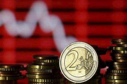 اليورو يتجه لتكبد خسارة لسادس أسبوع مع ارتفاع عوائد سندات أوروبية