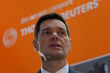 ИНТЕРВЬЮ-Мордашов готов рассмотреть выход из СП с Siemens после санкций США против его концерна