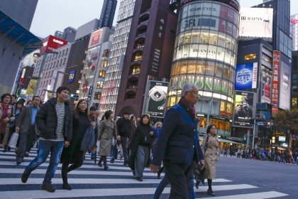 Japan's weak household spending, services activity, hint at recession