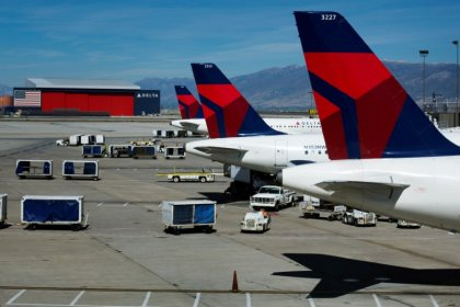 Delta Air shares slip as rising fuel costs weigh on profits