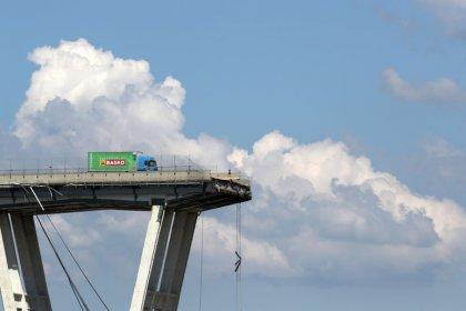 انتهاء عملية البحث عن مفقودين في انهيار جسر جنوة وارتفاع القتلى إلى 43