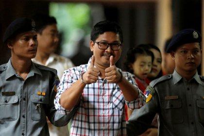 قاض: الحكم في قضية صحفيي رويترز بميانمار يوم 27 أغسطس