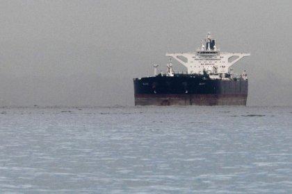 حصري-مصادر: الصين تلجأ لناقلات إيران للحفاظ على تدفق النفط وسط عقوبات أمريكا