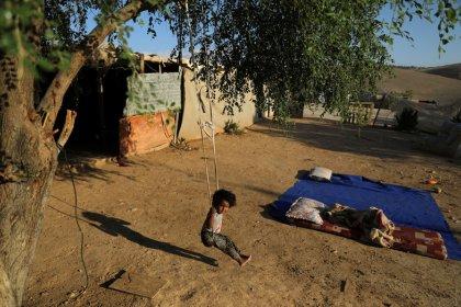 Stati Ue sollecitano Israele a non distruggere villaggio beduino