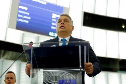 Ue, Orban promette resistenza a Parlamento europeo su accuse violazione diritti