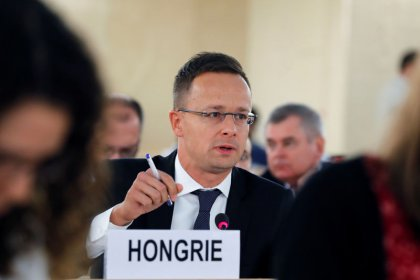 Hungarian foreign minister accuses U.N. rights experts of spreading lies