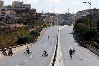 Yom Kippur, a children's bike festival on Israel's deserted roads