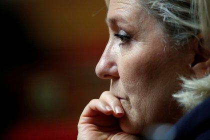 Un tribunal francés ordena que Le Pen se someta a una evaluación psiquiátrica