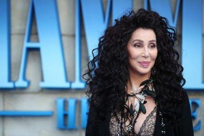 Cher retrocede en el tiempo con un álbum en el que versiona a ABBA