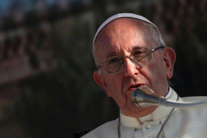 El Papa acepta la renuncia de otros dos obispos chilenos por el escándalo de abusos sexuales