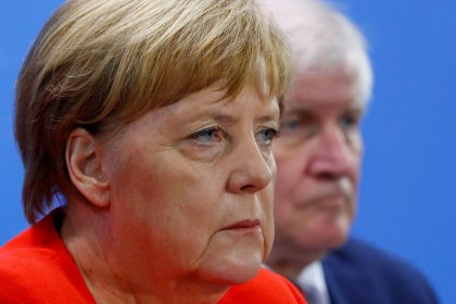 Merkel will sich zu Maaßen-Forderungen der SPD äußern