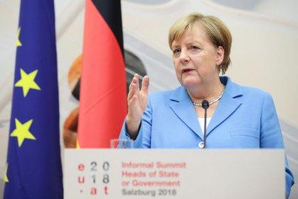 Merkel wants solution this weekend to German spymaster row