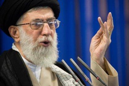 Irans Oberhaupt Chamenei kündigt nach Anschlag Vergeltung an