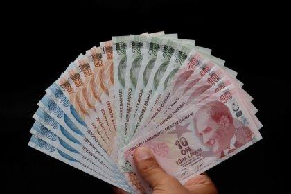 ليرة تركيا ترتفع بعد تصريحات بومبيو عن محادثات بخصوص القس الأمريكي