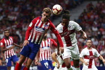 أتليتيكو يسحق ويسكا بثلاثية قبل مواجهة ريال مدريد