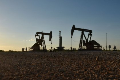 Brent oil hits four-year high ahead of Iran sanctions, but demand may stutter