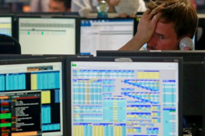 Global stocks turn tail as Italy angst grips Europe