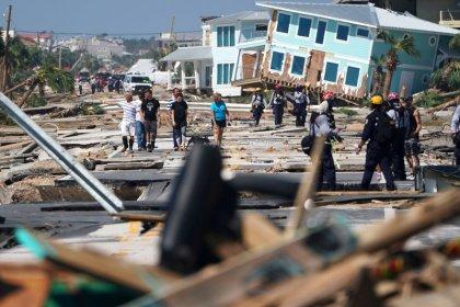 Hallan cientos de supervivientes del huracán Michael en Florida