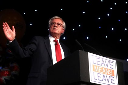 May's team must force change in Brexit policy, says former minister