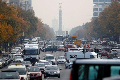 Ministerium - Probleme in Autoindustrie dämpfen Aufschwung zeitweise