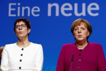 """Alle Blicke nach Hessen"" - CDU will Wahlkampf statt Debatte"
