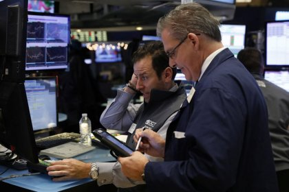 Wall Street repart à la baisse, technologiques en tête
