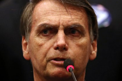 Brazil far-right candidate could revise pre-salt oil contracts: report