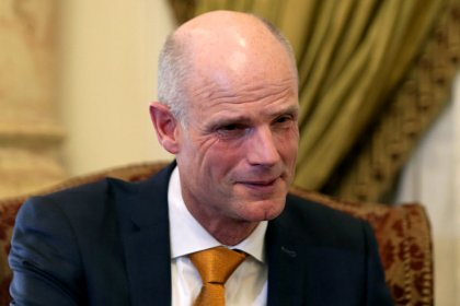 Dutch minister hopes for deal but prepares for hard Brexit