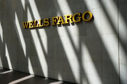 Wells Fargo to shift EU hub to Paris in Brexit plan